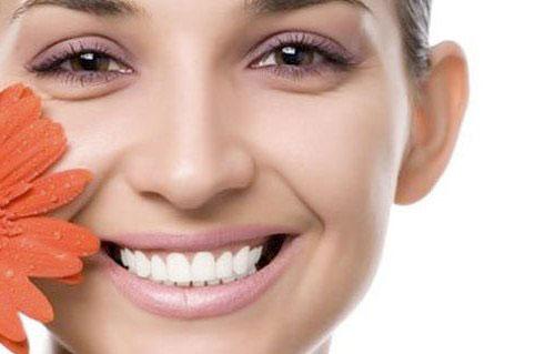 Как скрыть отеки с помощью косметики