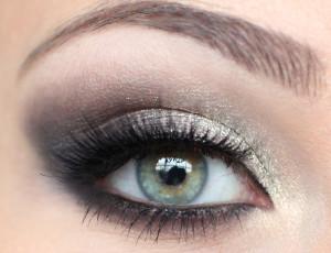 Черно-белый макияж глаз